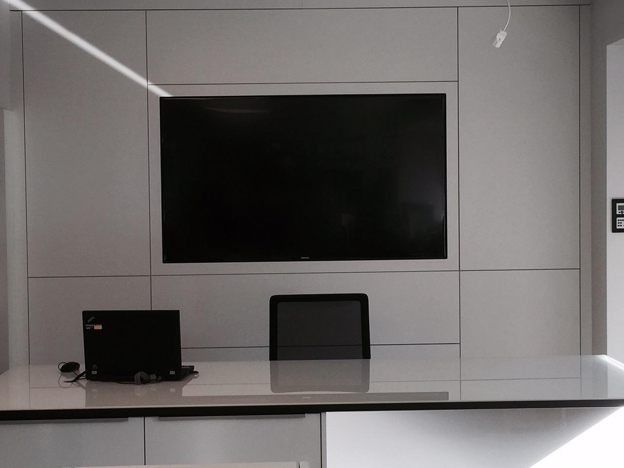 Büro_Samsung_Einbau1